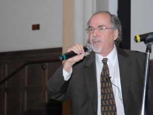 """David Horowitz giving a lecture titled: """"Intellectual Terrorism: The Left's War on Free Speech"""" at UCLA/Photo: Marc Langsam"""