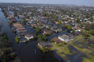 New Orleans' post-Katrina flooding (photo: Gary Nichols/US Navy)