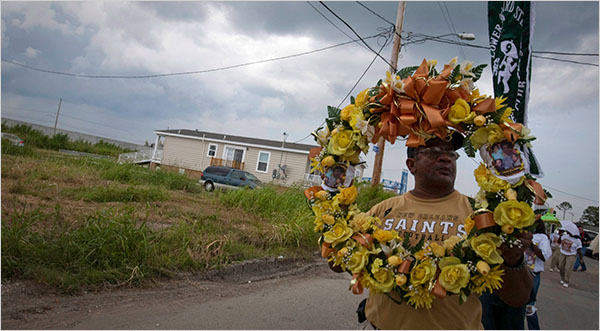 Wreath for Katrina's 4th anniversary  (photo: Lee Celano/Reuters)