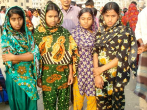 Child workers, Bangladesh (Photo: Global Labour Rights)