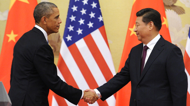 US and Chinese presidents shaking hands