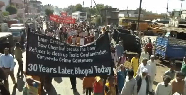 Bhopal protest scene