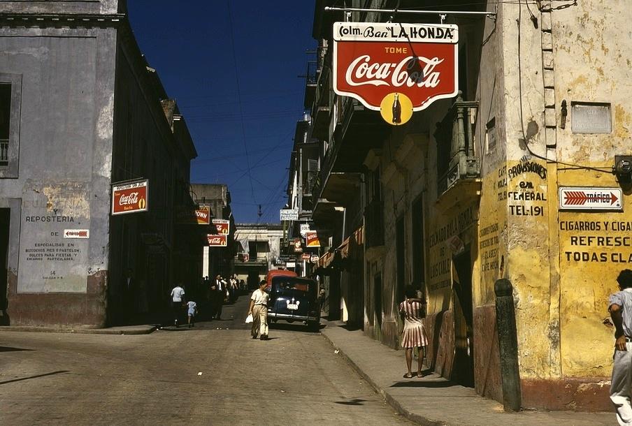 San Juan, 1941 (photo: Jack Delano / Library of Congress)