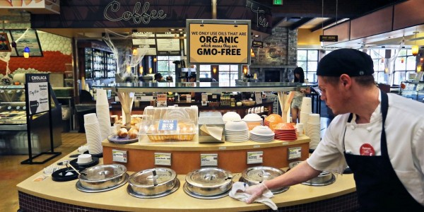 Washington Post depicts an organic soup bar (Photo: Brennan Linsley/AP)